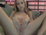 Novinha Loirinha Amadora Na Webcam