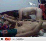 Suruba com a novinha safada na webcam