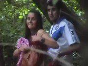 Comendo a namoradinha novinha no meio do mato